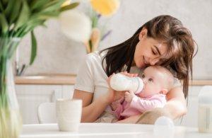 Maminka s děťátkem